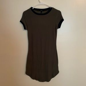 NWT FOREVER 21 - Olive Green T Shirt Dress Size M